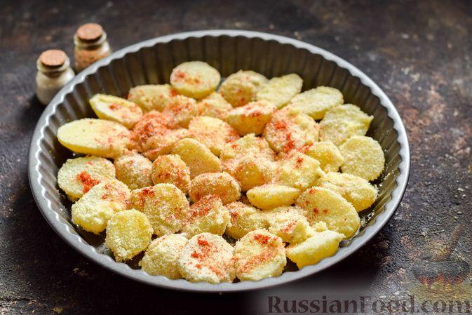 Фото приготовления рецепта: Картофель, запечённый в манке - шаг №6