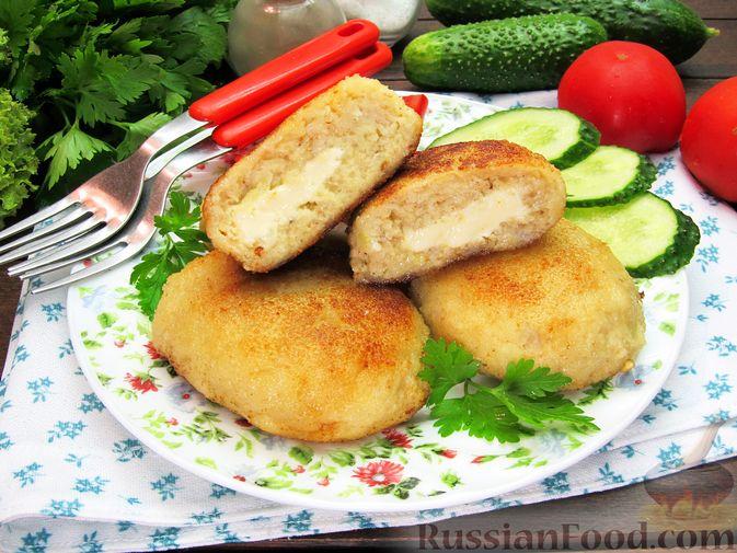 Фото к рецепту: Рыбные зразы с плавленым сыром