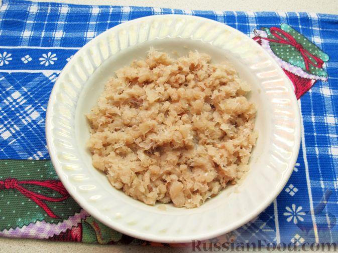 Фото приготовления рецепта: Рыбные зразы с плавленым сыром - шаг №4