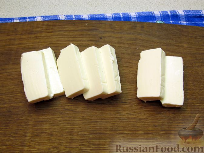 Фото приготовления рецепта: Рыбные зразы с плавленым сыром - шаг №9