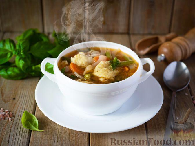 Фото к рецепту: Фасолевый суп с клецками