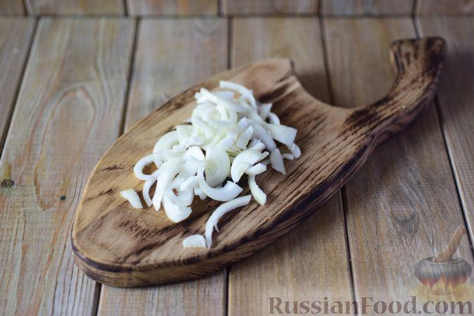 Фото приготовления рецепта: Фасолевый суп с клецками - шаг №4