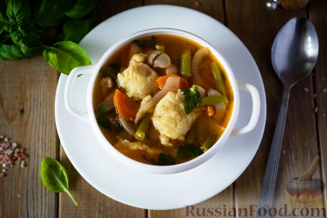 Фото приготовления рецепта: Фасолевый суп с клецками - шаг №15