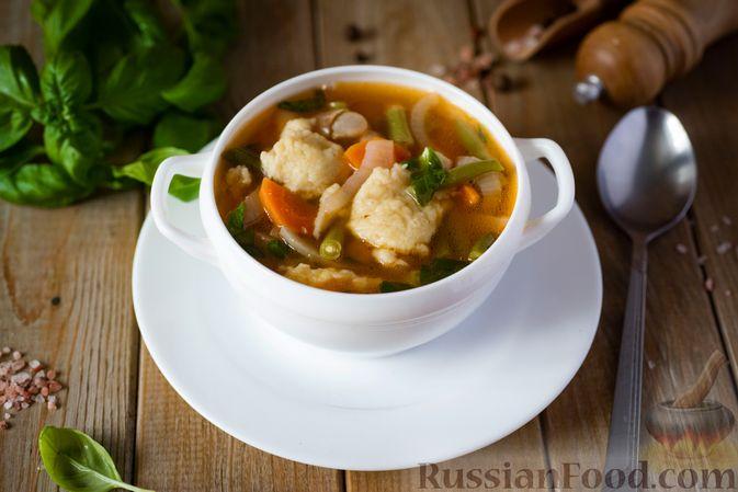 Фото приготовления рецепта: Фасолевый суп с клецками - шаг №16