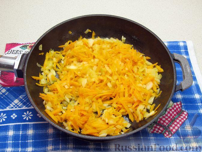 Фото приготовления рецепта: Печёночный паштет с творогом - шаг №4