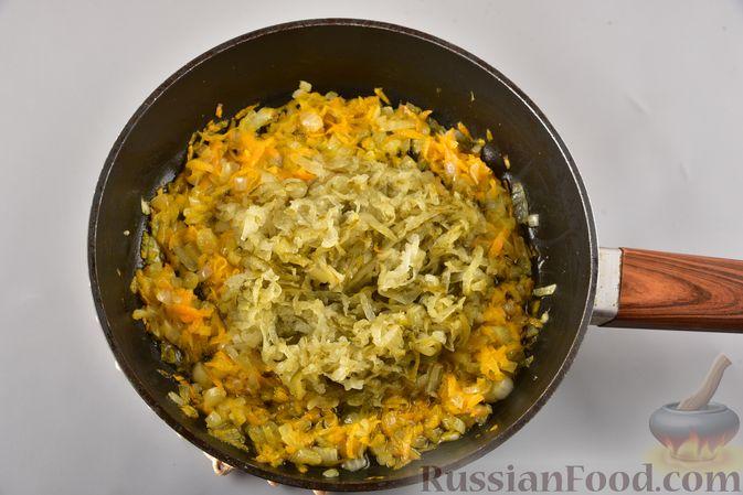 Фото приготовления рецепта: Икра из солёных огурцов и моркови - шаг №5
