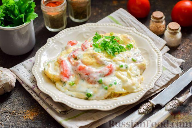 Фото приготовления рецепта: Кабачки, запечённые с молодой картошкой и помидорами, в соусе бешамель - шаг №20