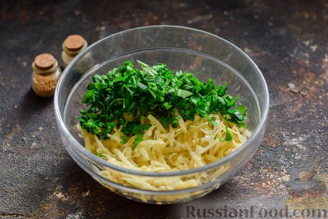 Фото приготовления рецепта: Котлеты из гречки, картофеля и зелени (без яиц) - шаг №5
