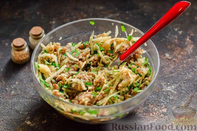 Фото приготовления рецепта: Котлеты из гречки, картофеля и зелени (без яиц) - шаг №9