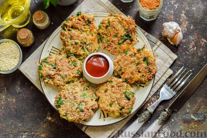 Фото приготовления рецепта: Котлеты из гречки, картофеля и зелени (без яиц) - шаг №13