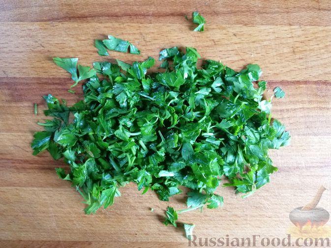 Фото приготовления рецепта: Кабачки, тушенные с болгарским перцем и помидором, в микроволновке - шаг №6