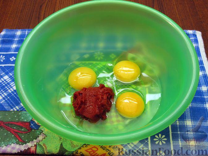 Фото приготовления рецепта: Отбивные из свинины в томатно-сырном кляре - шаг №5