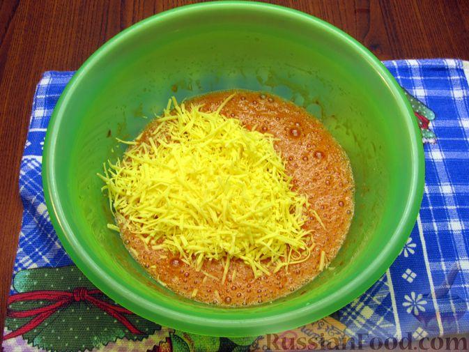 Фото приготовления рецепта: Отбивные из свинины в томатно-сырном кляре - шаг №8