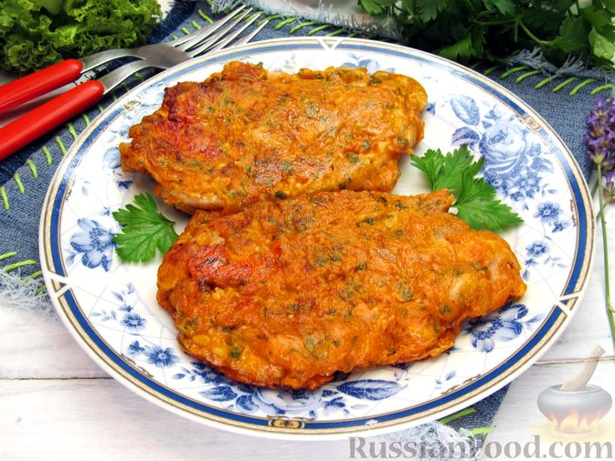 Фото приготовления рецепта: Отбивные из свинины в томатно-сырном кляре - шаг №17