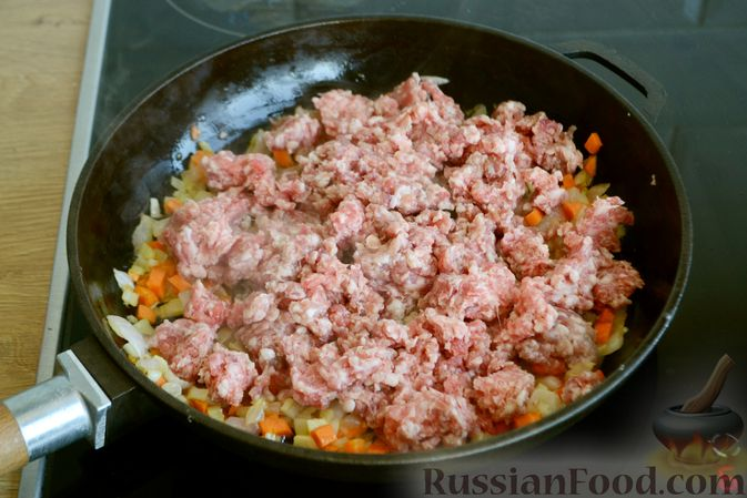 Фото приготовления рецепта: Соус болоньезе - шаг №6