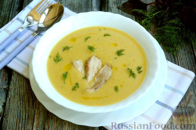 Фото приготовления рецепта: Крем-суп из кабачка, зеленого горошка и стручковой фасоли - шаг №17