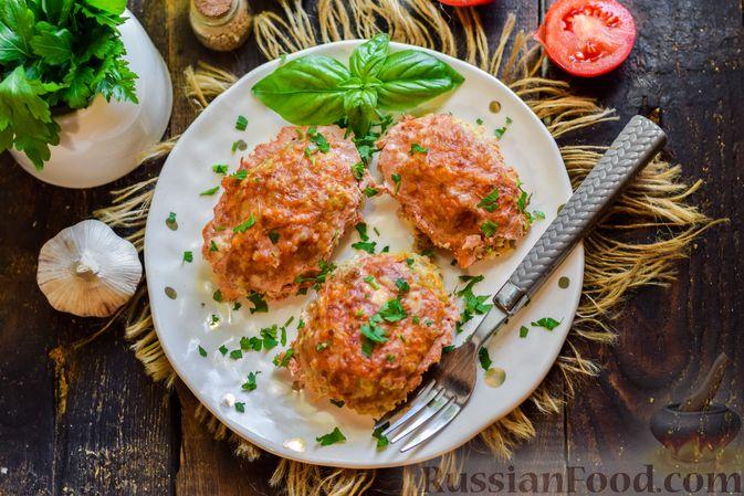 Фото к рецепту: Ленивые голубцы с ячневой крупой, в духовке