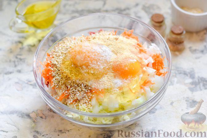 Фото приготовления рецепта: Ленивые голубцы с ячневой крупой, в духовке - шаг №8