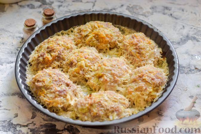 Фото приготовления рецепта: Ленивые голубцы с ячневой крупой, в духовке - шаг №14
