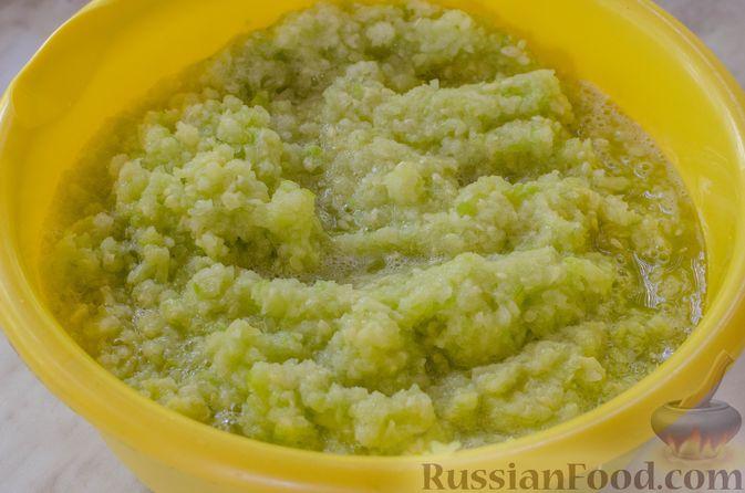 Фото приготовления рецепта: Кабачковая икра с майонезом - шаг №4