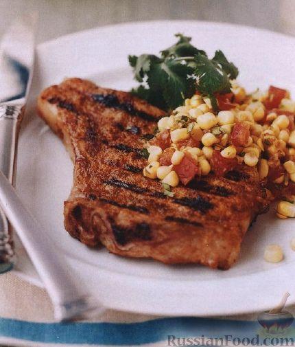 Рецепт Свиные котлеты на кости с кукурузным салатом