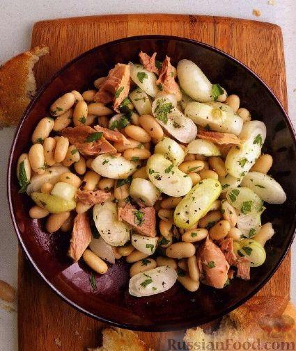 Рецепт Фасолевый салат с тунцом и консервированным луком