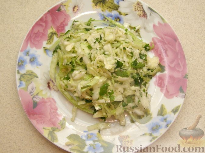 Рецепт Салат из капусты с кинзой и кунжутом