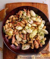 Фото к рецепту: Фасолевый салат с тунцом и консервированным луком