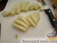 """Фото приготовления рецепта: Фруктовый салат """"Детский праздник"""" - шаг №2"""