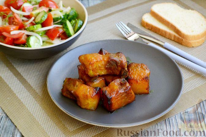 Фото приготовления рецепта: Хлебный омлет с ветчиной, помидорами и сыром - шаг №16