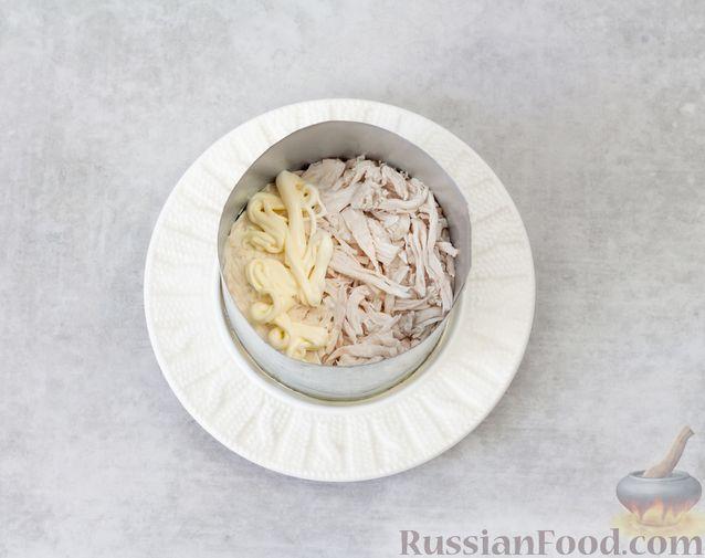 Фото приготовления рецепта: Запеканка из макарон с индейкой и сыром - шаг №14