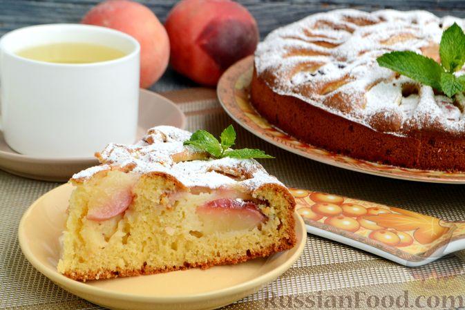Фото приготовления рецепта: Пирог с персиками, на сметане - шаг №12