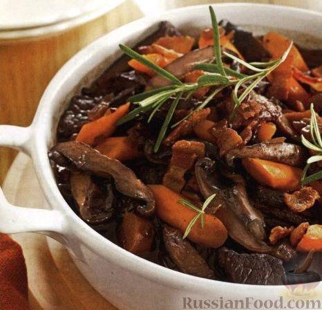 Рецепт Рагу из говядины, моркови и грибов