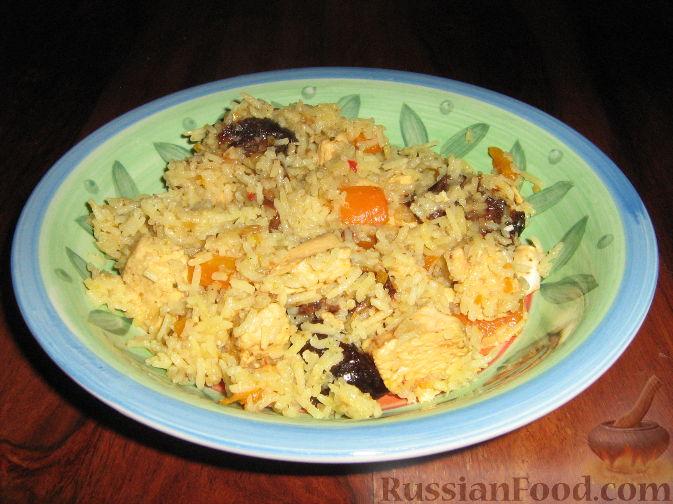 Рецепт Плов с курицей и черносливом