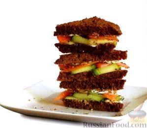 Рецепт Закусочные бутерброды с лососем и огурцом