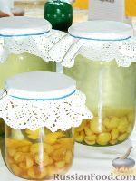 Фото к рецепту: Компот из желтой черешни на зиму
