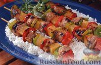 Фото к рецепту: Шашлыки из свиного филе, ананаса и болгарского перца