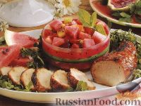Фото к рецепту: Свиное филе на гриле с фруктовым салатом