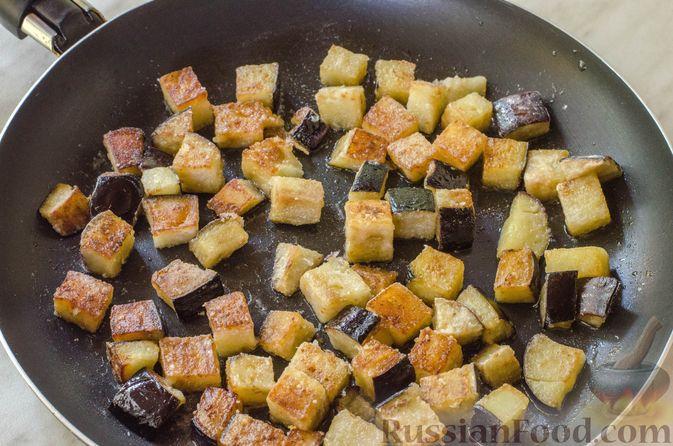 Фото приготовления рецепта: Холодный томатный суп с обжаренными баклажанами - шаг №12