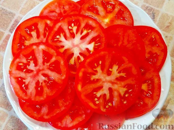 Фото приготовления рецепта: Салат из кабачков, моркови и помидоров - шаг №3