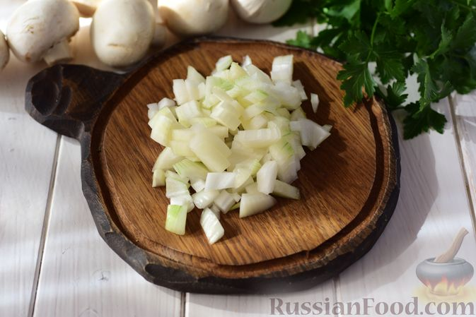 Фото приготовления рецепта: Шанежки с картофелем и грибами - шаг №6