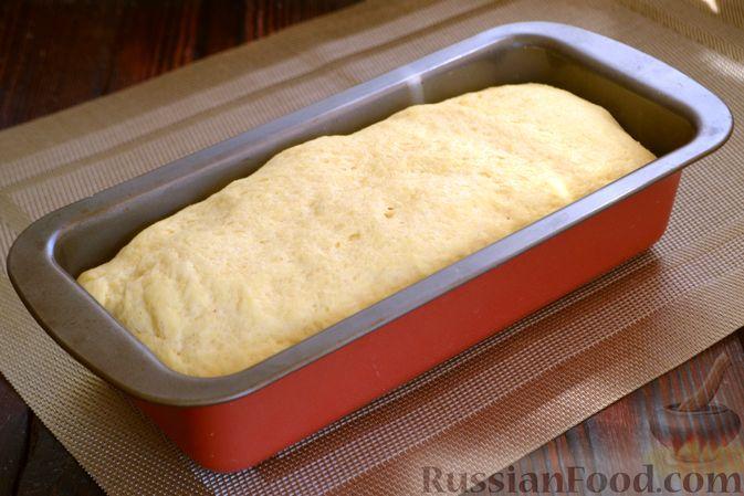 Фото приготовления рецепта: Кукурузный хлеб на кефире - шаг №8