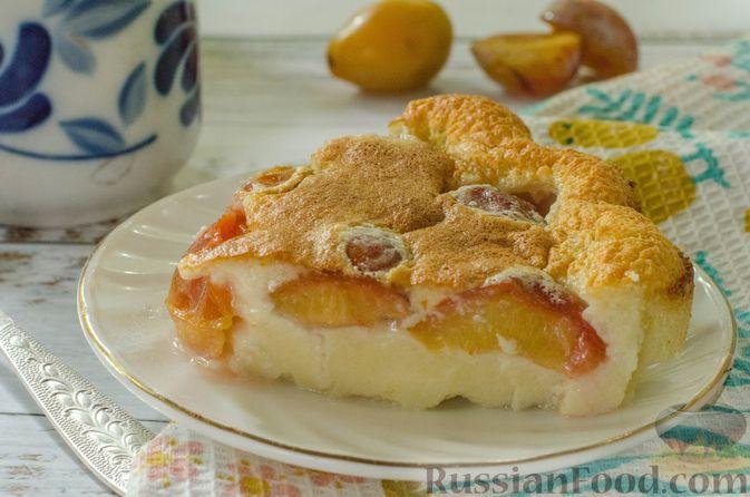 Фото к рецепту: Миндальный пирог-пудинг со сливами