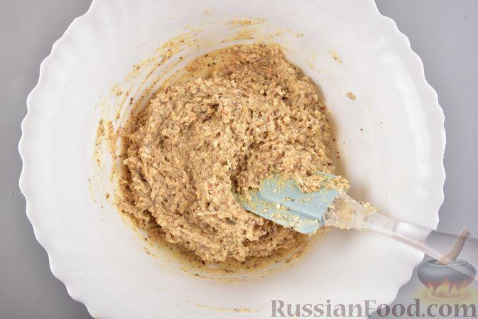 Фото приготовления рецепта: Конфеты из безе с грецкими орехами и творожным сыром - шаг №12