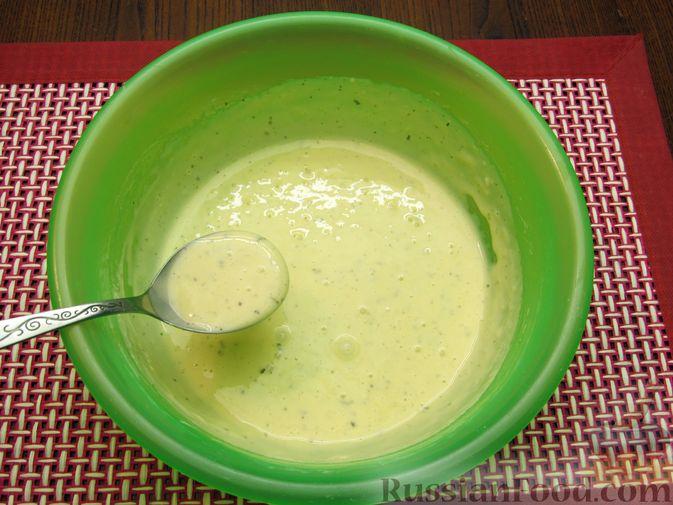 Фото приготовления рецепта: Жареная цветная капуста в кляре на минеральной воде - шаг №11
