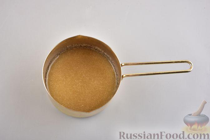 Фото приготовления рецепта: Десерт из творога с облепихой - шаг №4