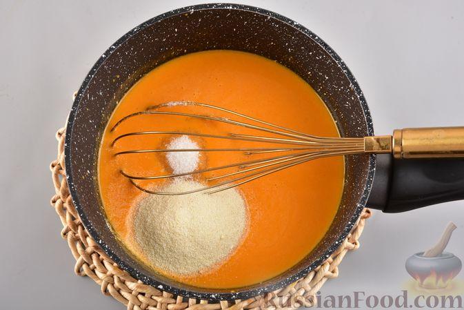 Фото приготовления рецепта: Мусс из облепихи с манной крупой - шаг №5