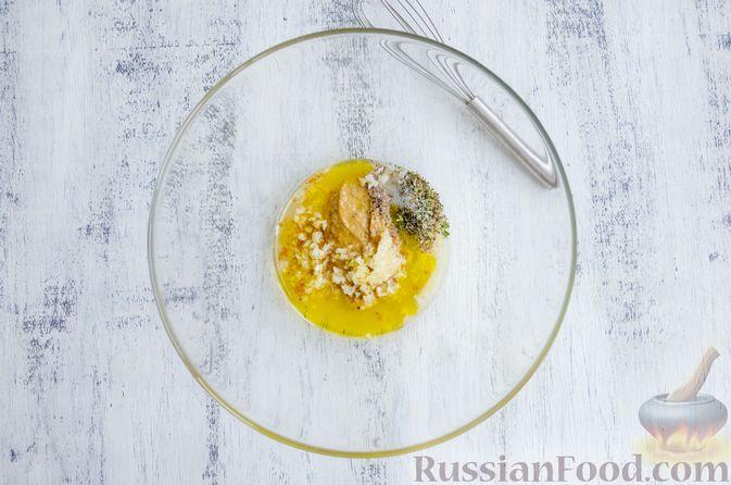 Фото приготовления рецепта: Запечённые перепела в медово-горчичном маринаде с чесноком - шаг №2