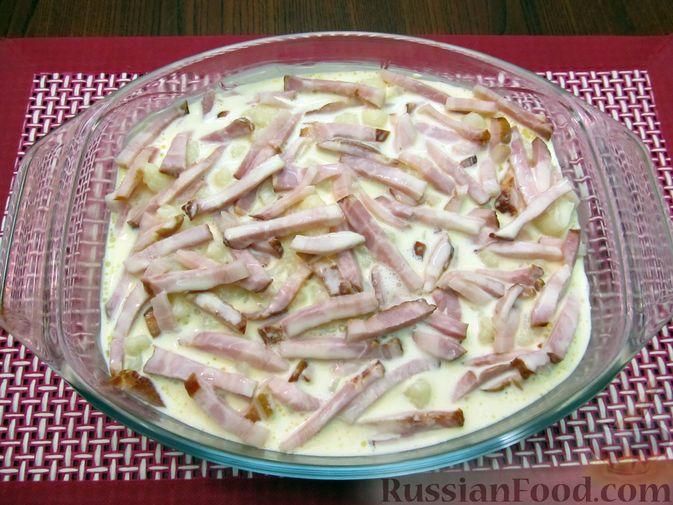 Фото приготовления рецепта: Запеканка из цветной капусты и бекона, в сливочно-сырной заливке - шаг №13