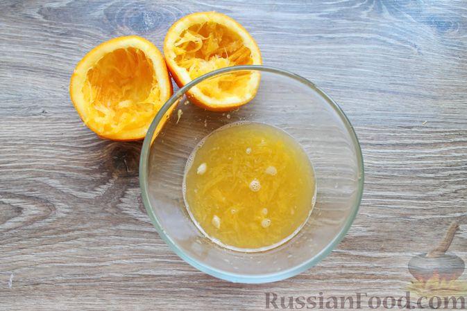 Фото приготовления рецепта: Шашлык из куриных сердечек в маринаде из соевого соуса и апельсинового сока (в духовке) - шаг №7